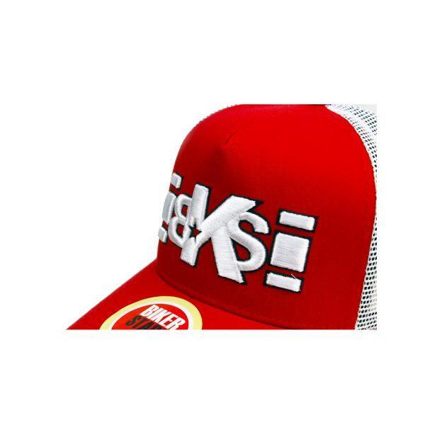 bordado 3d en gorra